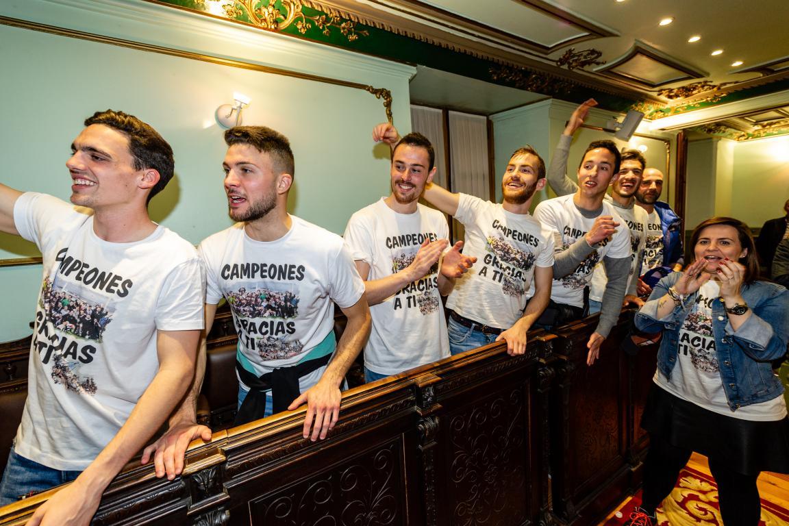 Las imágenes de la celebración del campeonato de liga del Haro Deportivo 9