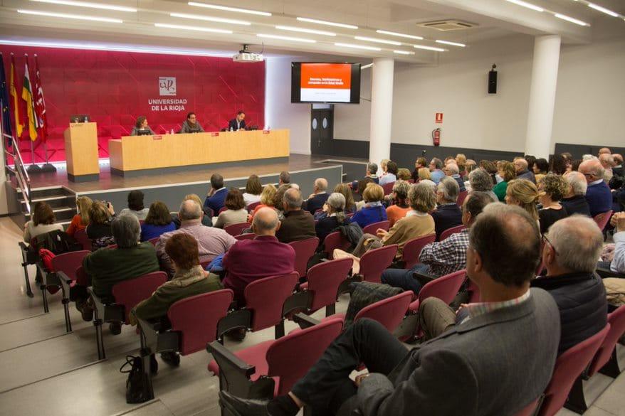 Los alumnos de la Universidad Permanente 'Millán Santos' de Valladolid visitan Haro 3
