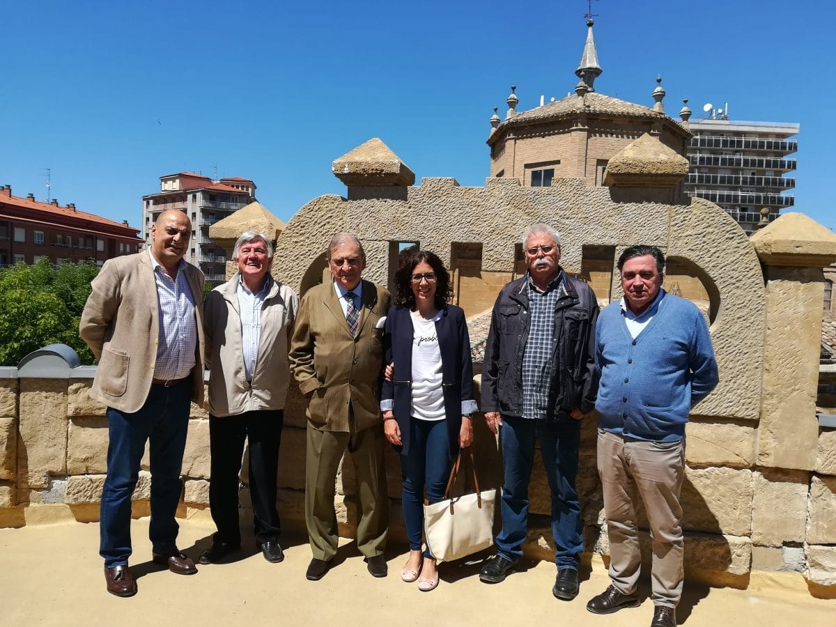 Antonio Briones visita las obras del edificio María Díaz 1