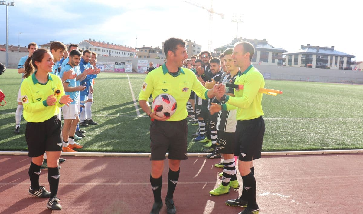 El Haro golea al Arnedo antes de encarar el reto del playoff 3