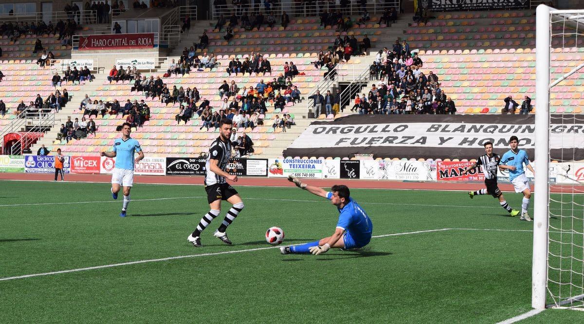 El Haro golea al Arnedo antes de encarar el reto del playoff 2