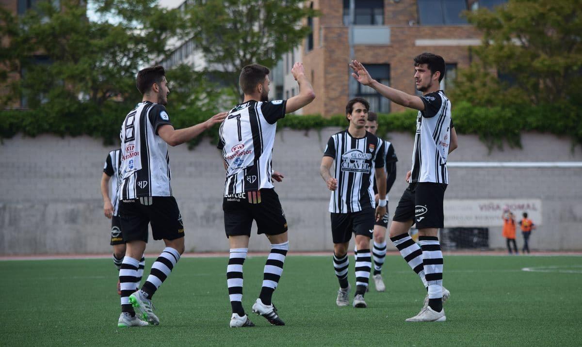 El Haro golea al Arnedo antes de encarar el reto del playoff 5