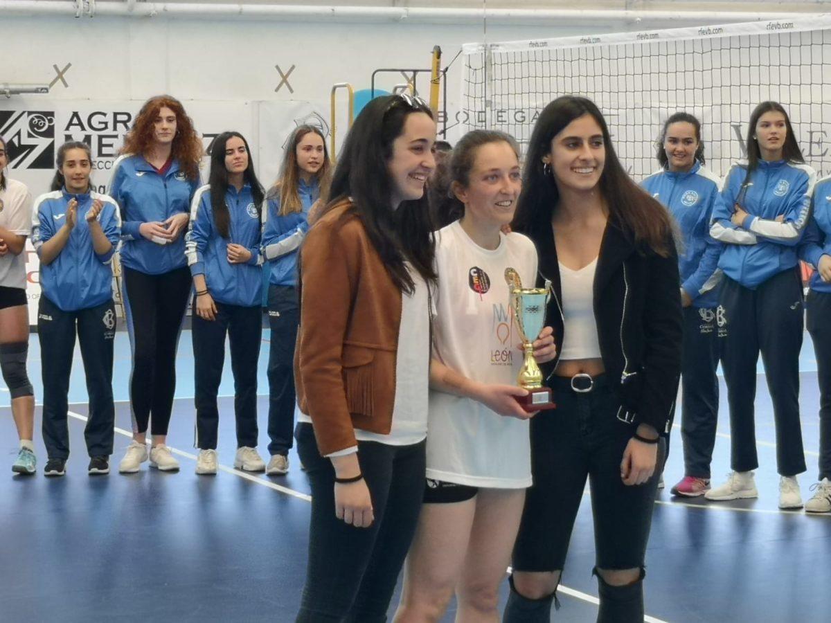 El Haro Rioja Voley finaliza tercero en la fase de ascenso a la Primera División 6