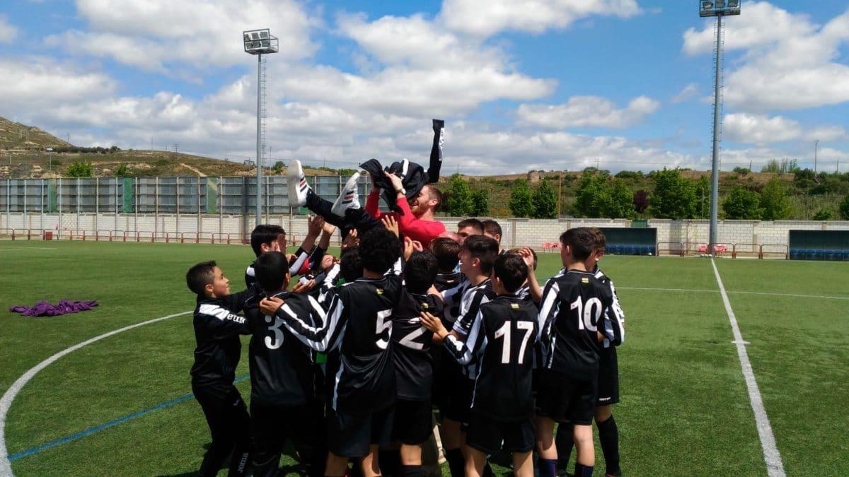 El Haro Sport Club, campeón de la Segunda Infantil 4