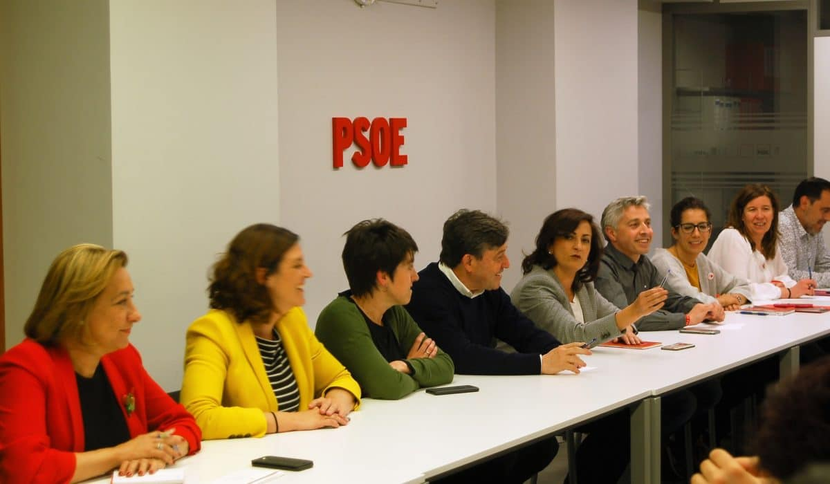El PSOE La Rioja felicita a Andreu por su triunfo en las elecciones 1