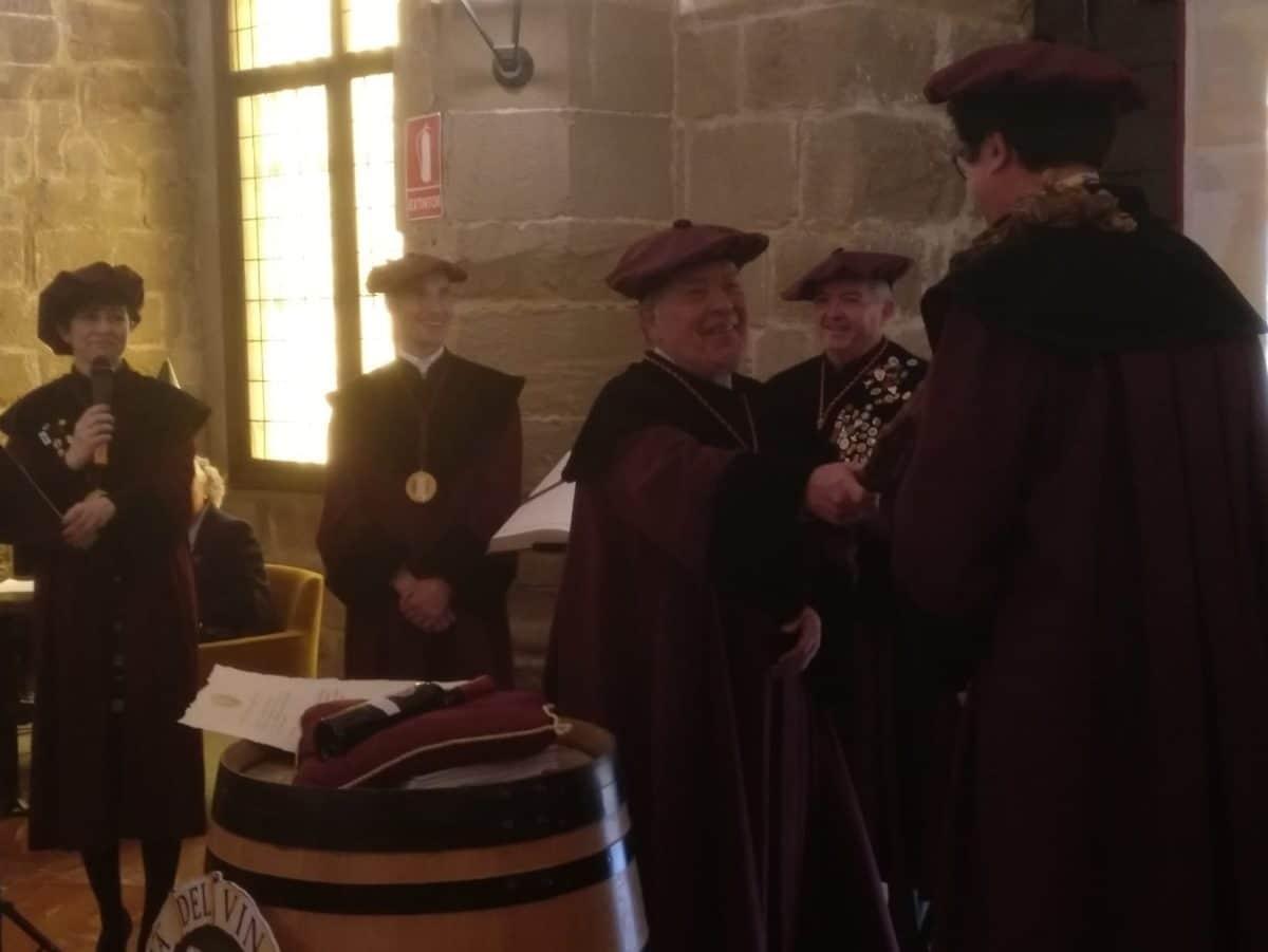 La Cofradía del Vino de Rioja nombra Cofrade de Honor a la Red de Paradores de España 2