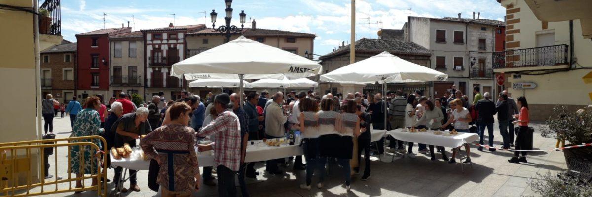 Las imágenes de la celebración de la puesta del Mayo en Castañares de Rioja 12