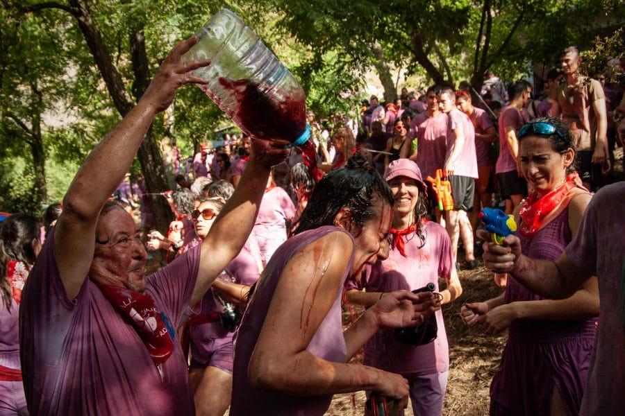 La Batalla del Vino puede con el bochorno en Haro 16