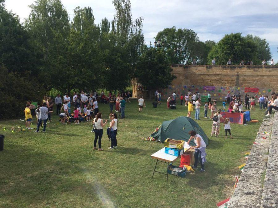 Casalarreina y el Grupo Scout Ghembres muestran su apoyo a Proyecto Hombre 10