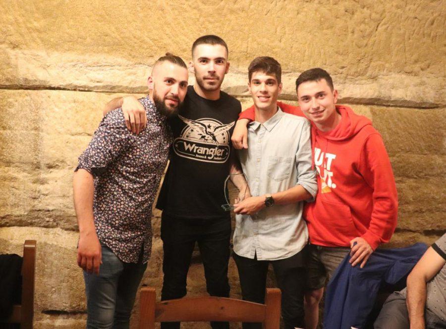Facu Ballardo recibe el premio Jugador Estrella del Skuadron 14