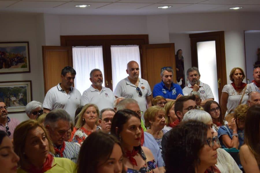 Reconocimiento de la Cofradía de San Felices al Haro Deportivo y a la Agrupación de Cornetas y Tambores 8