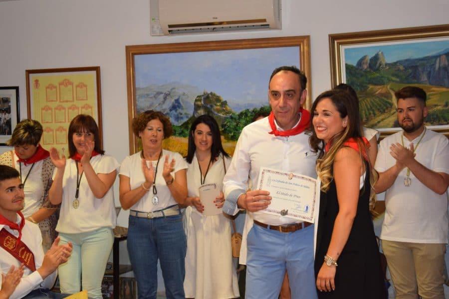 Reconocimiento de la Cofradía de San Felices al Haro Deportivo y a la Agrupación de Cornetas y Tambores 13