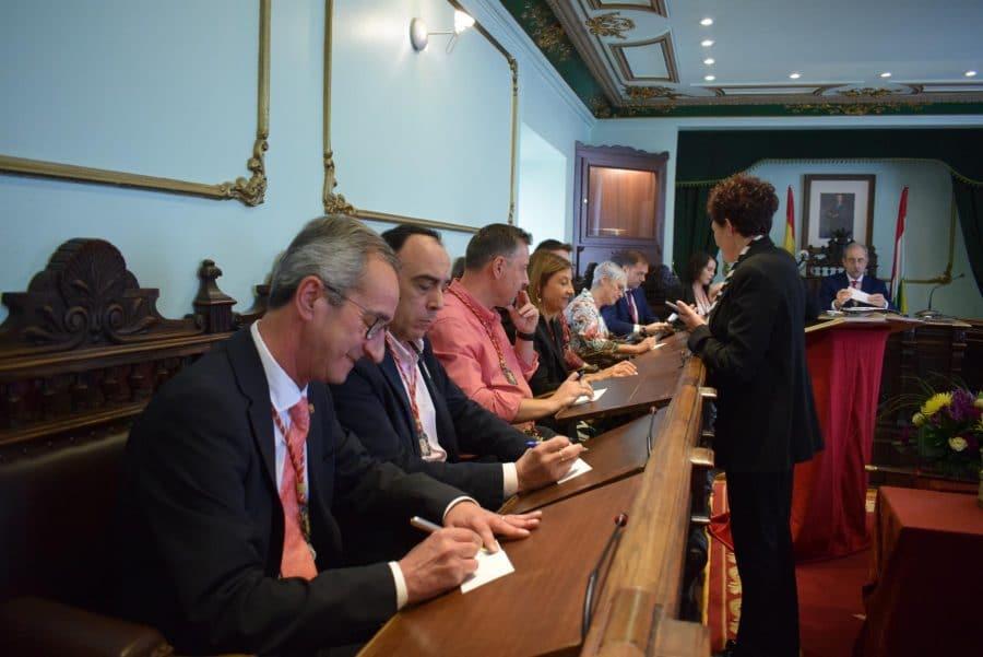 FOTOS: Las imágenes del pleno de constitución del Ayuntamiento de Haro 24