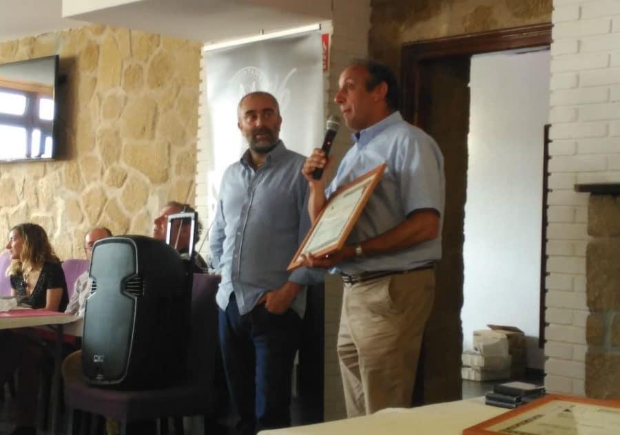 La asociación Pilotarien Batzarra premia en Labastida la pasión por la pelota 1