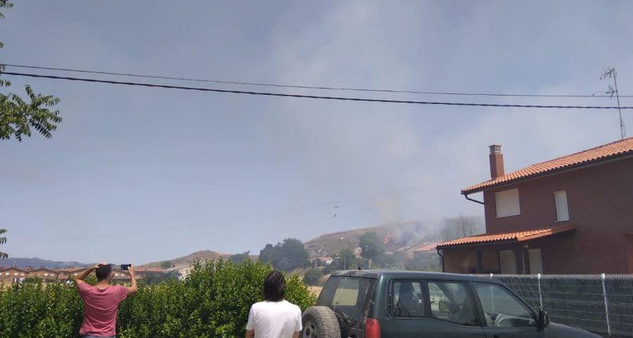 Incendio en una finca de cereal en Herramélluri 6