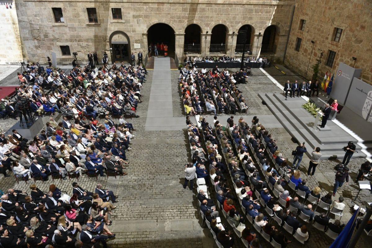 López de Silanes recibe la distinción de Riojano Ilustre 1