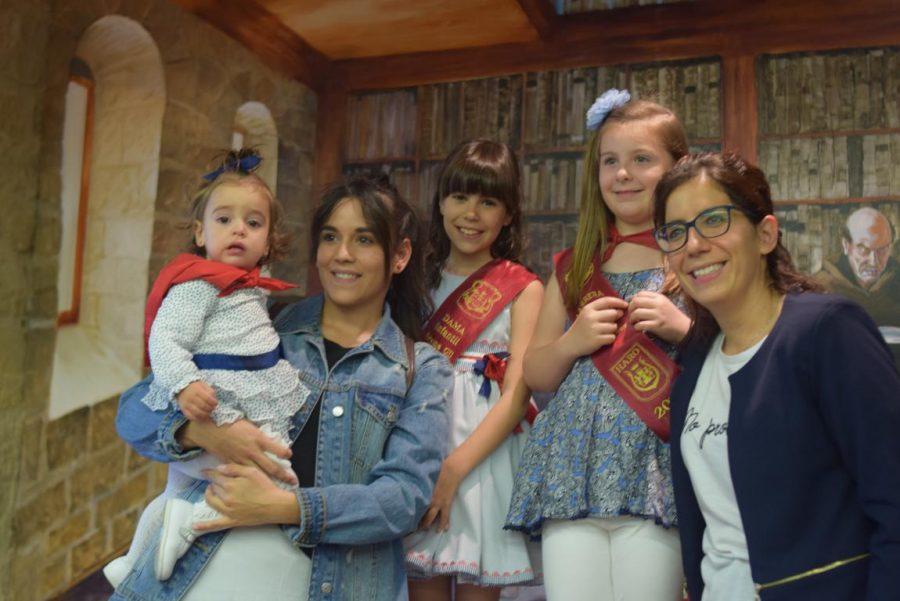 48 niños y niñas reciben su primer pañuelo de fiestas de Haro 20