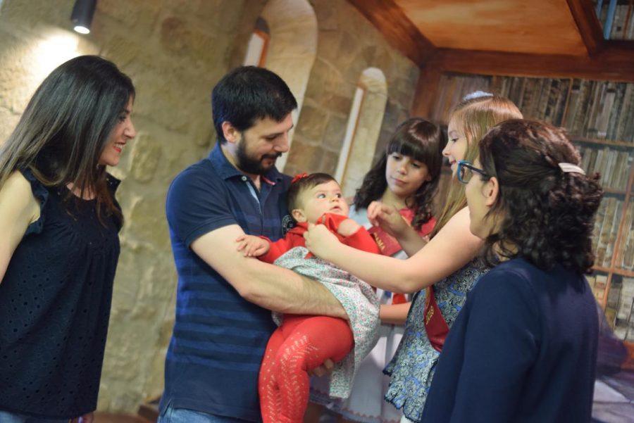 48 niños y niñas reciben su primer pañuelo de fiestas de Haro 31