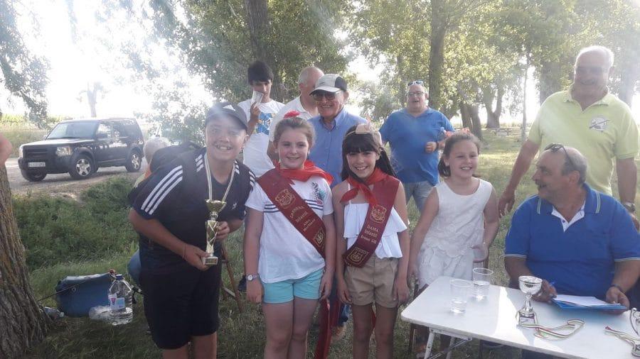 Más de 40 participantes en los concursos infantiles de pesca 2