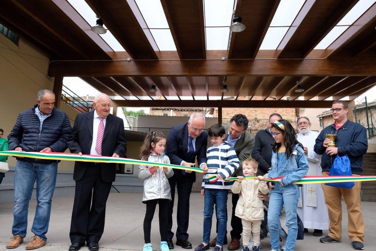 Inauguración cubierta en Villaverde de Rioja