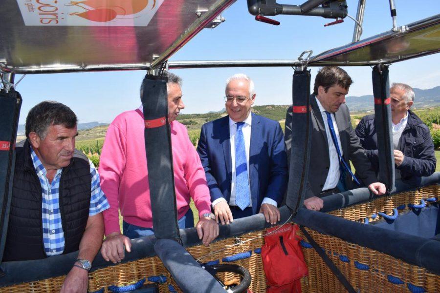 Globos Arcoiris inaugura en Cuzcurrita su base en tierra 16
