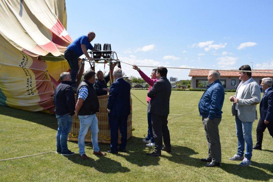 Globos Arcoiris inaugura en Cuzcurrita su base en tierra 18