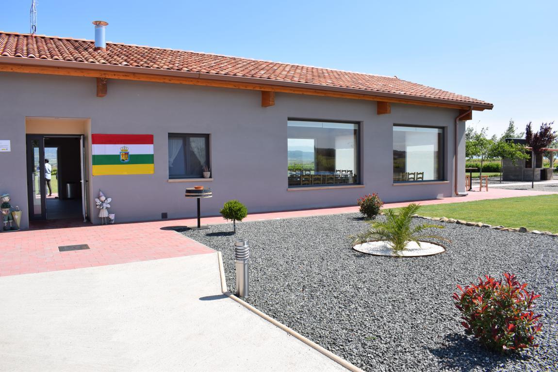 Globos Arcoiris inaugura en Cuzcurrita su base en tierra 2