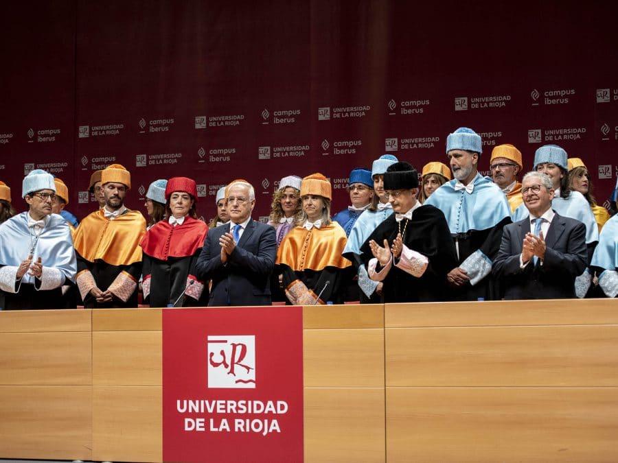 """Los 700 titulados de la UR, el """"germen para transformar y mejorar la sociedad"""" 1"""