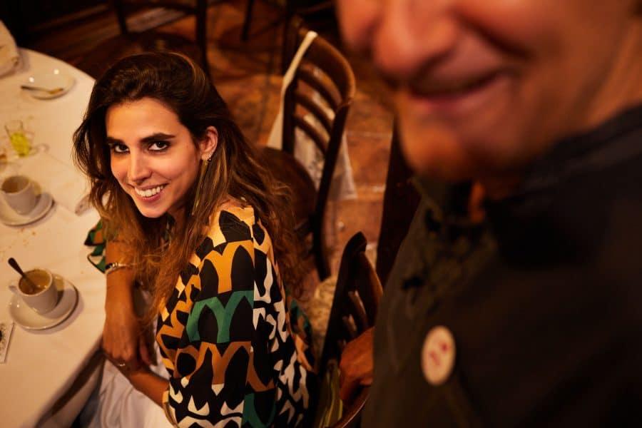 Lara Vizuete pone melodía a la gastronomía de La Vieja Bodega 5