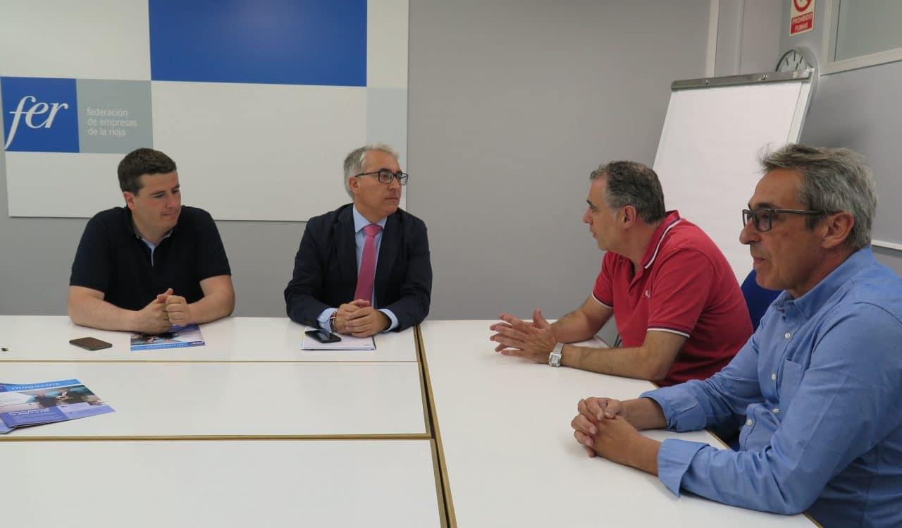"""El delegado del Gobierno en La Rioja recuerda que la prohibición para los camiones de circular por la N-232 """"sigue vigente"""" 1"""