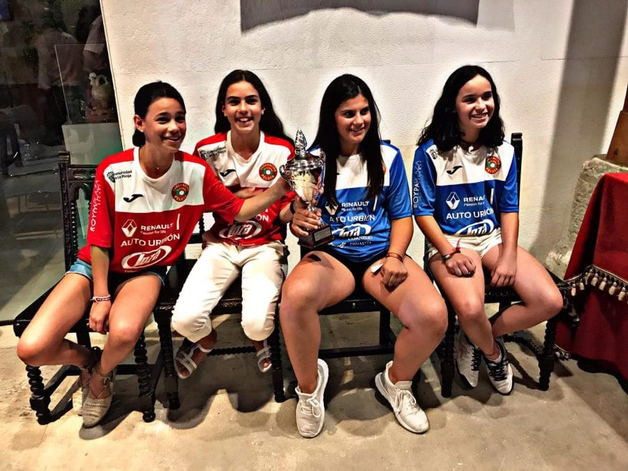 Homenaje en Santo Domingo a las campeonas de España de pelota femenina 4