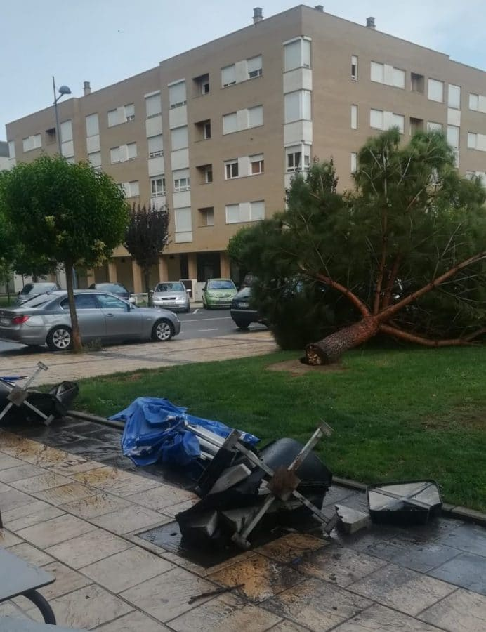 Las tormentas provocan varias incidencias en la comarca de Haro 4