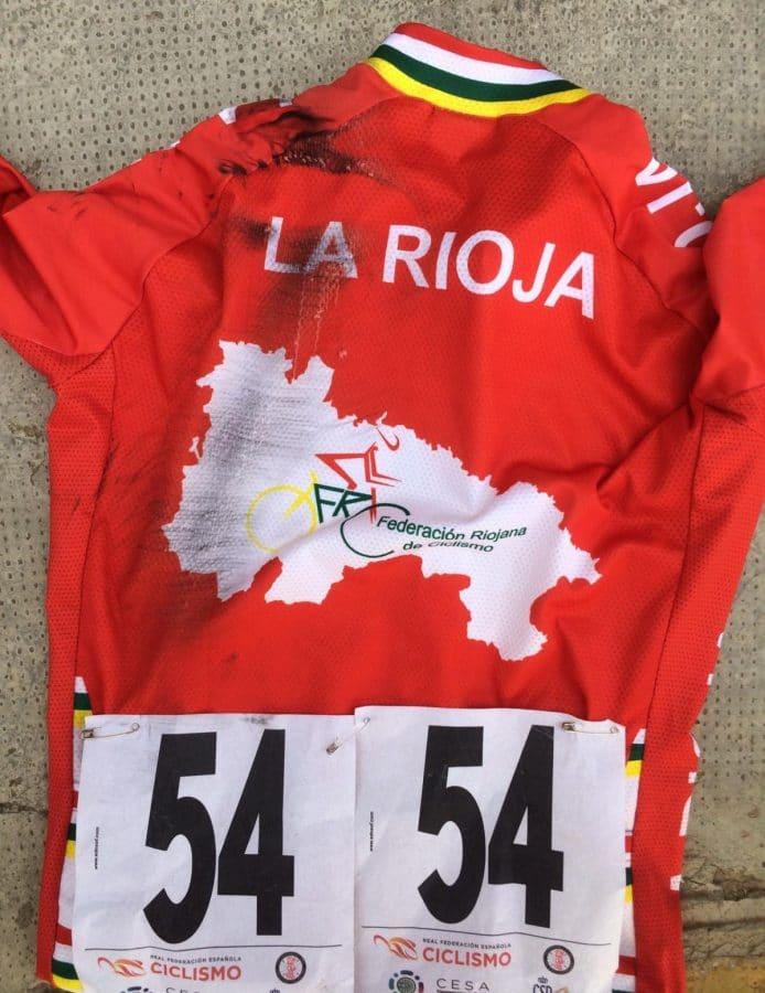 María López se rompe la clavícula en la última vuelta del Campeonato de España Escolar de Ciclismo 5