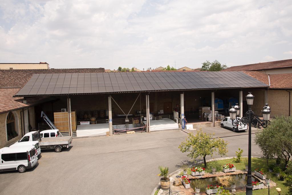 Bodegas Muga apuesta por la energía sostenible con la instalación de paneles fotovoltaicos 1