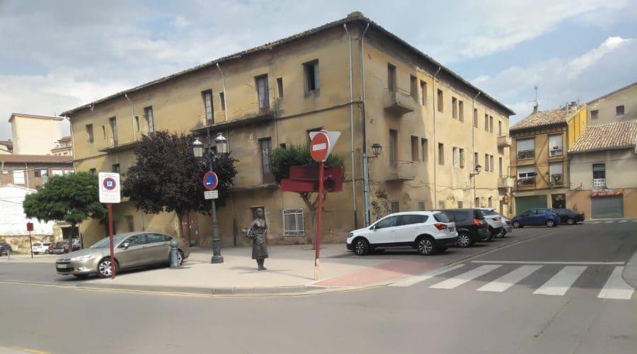 Haro busca financiación estatal para rehabilitar el Banco de España y la antigua sede de Cruz Roja 1