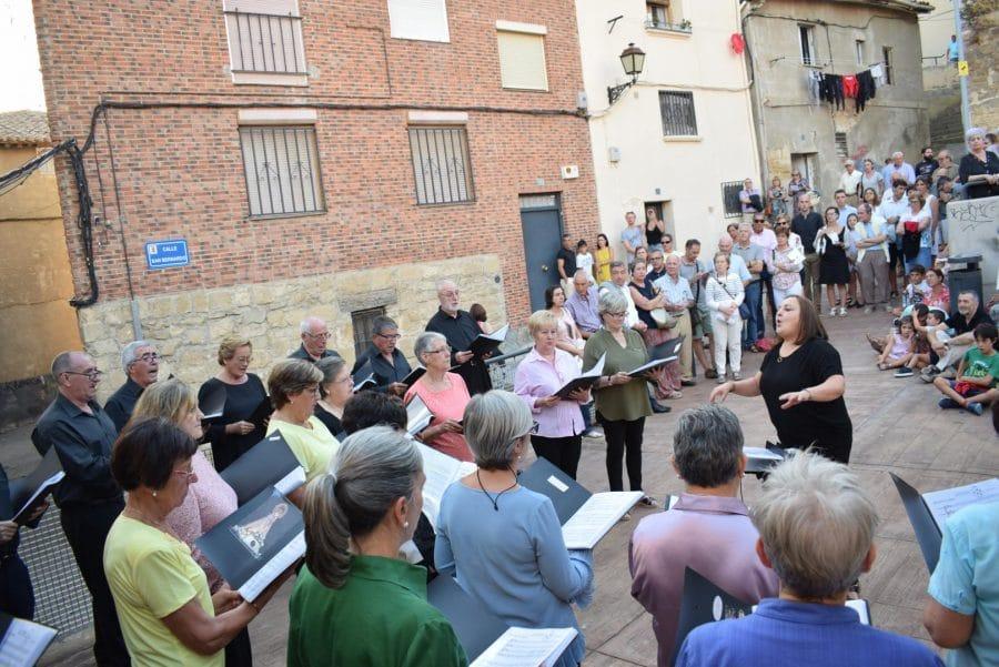La Ronda Clásica llena de música las calles de Haro 17