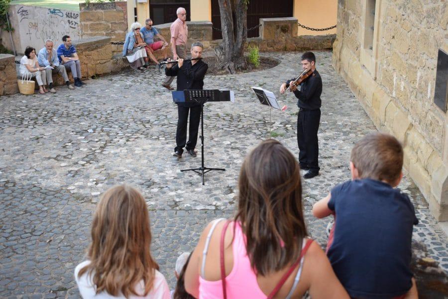 La Ronda Clásica llena de música las calles de Haro 6
