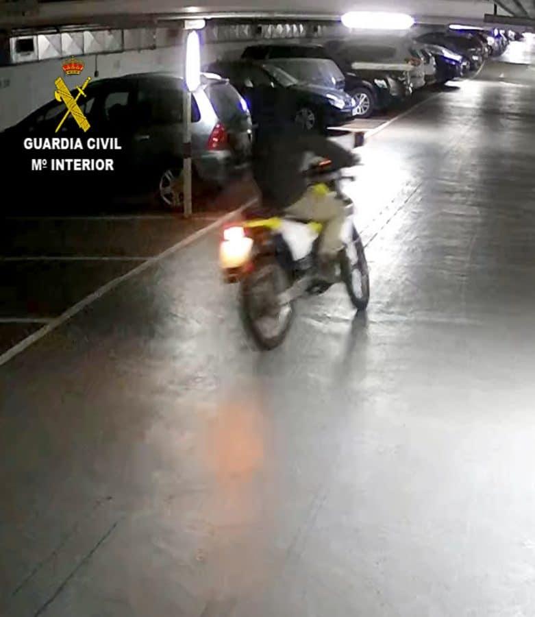 La Guardia Civil detiene a dos personas por robo con fuerza en una vivienda de Haro 1