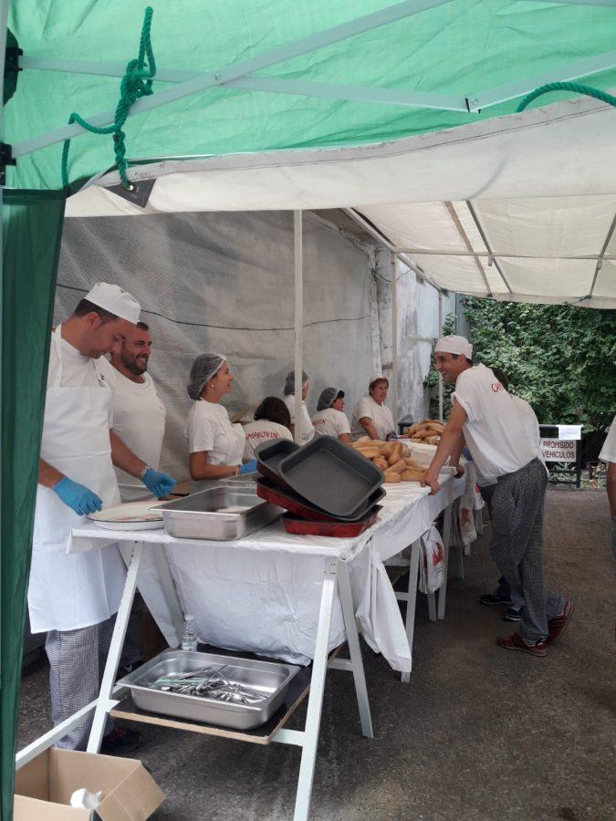 Más de 2.000 bocadillos para celebrar el festival del chorizo de Camprovín 7