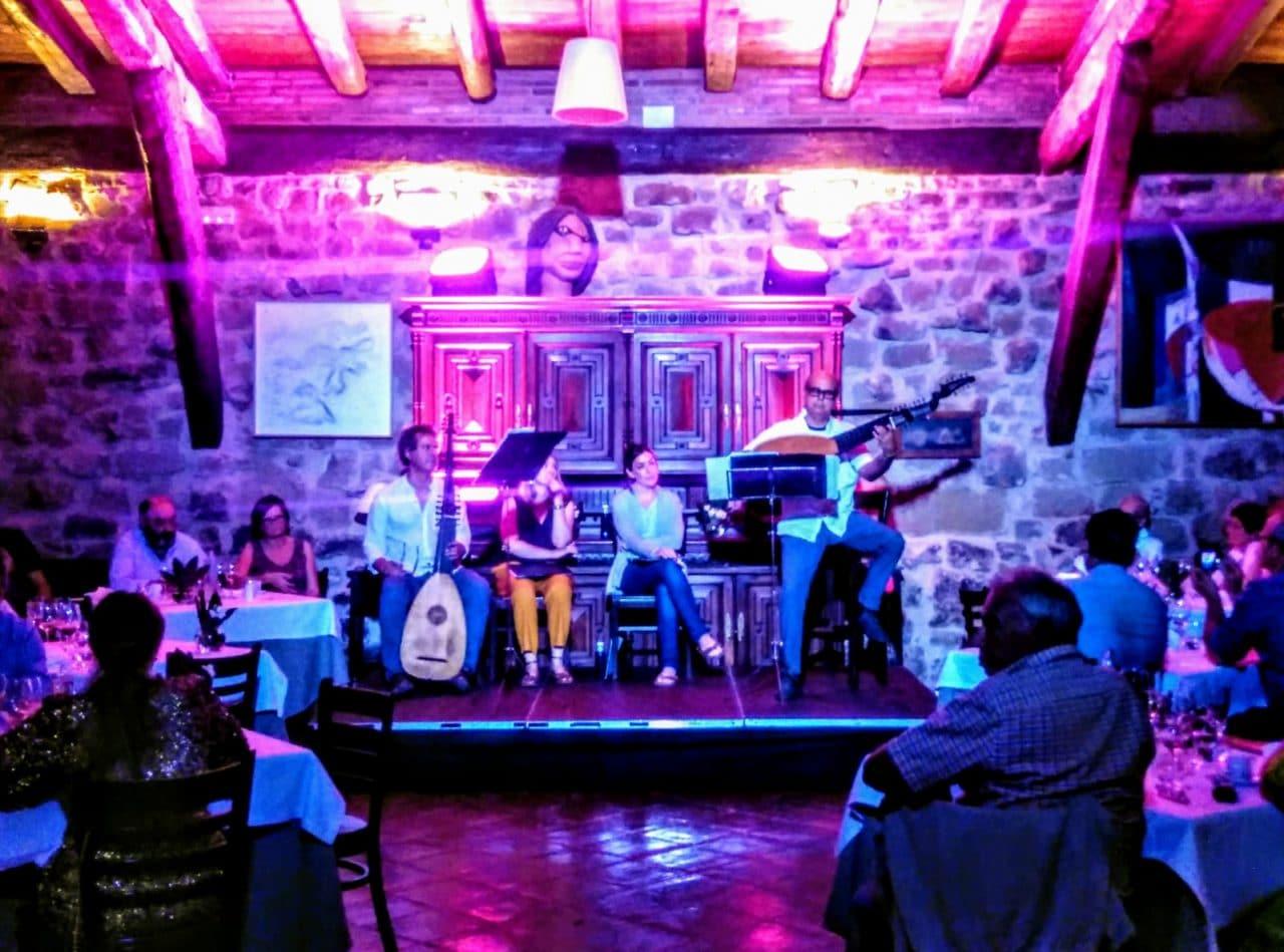 Imagen del concierto de 'Camerata Iberia' en La Vieja Bodega de Casalarreina | Foto: Unai Maraña