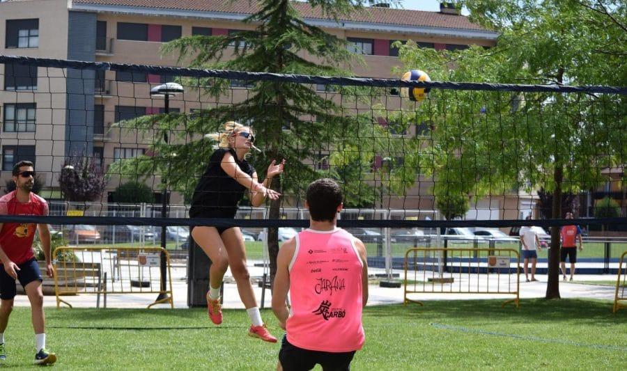 FOTOS: Voleibol a pie de calle en Haro 13
