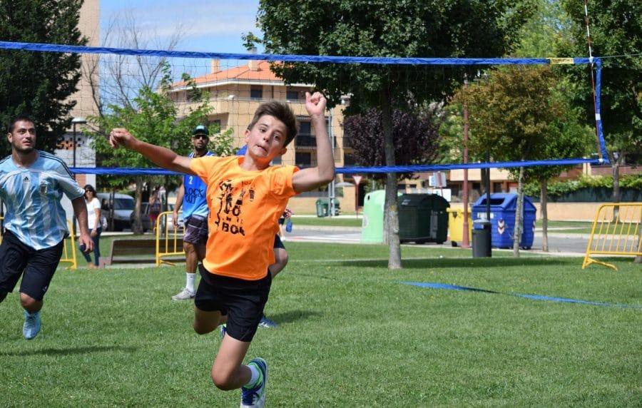 FOTOS: Voleibol a pie de calle en Haro 19