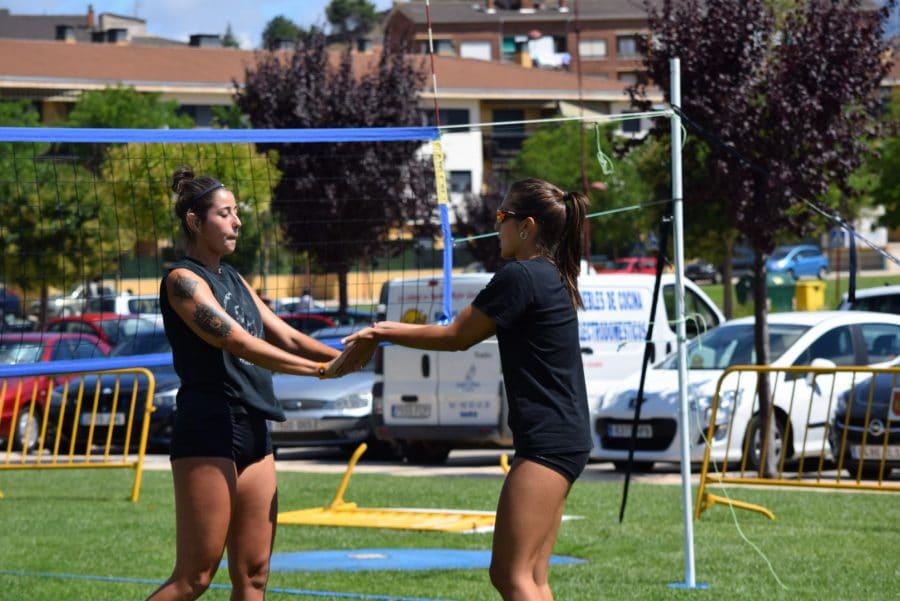 FOTOS: Voleibol a pie de calle en Haro 26