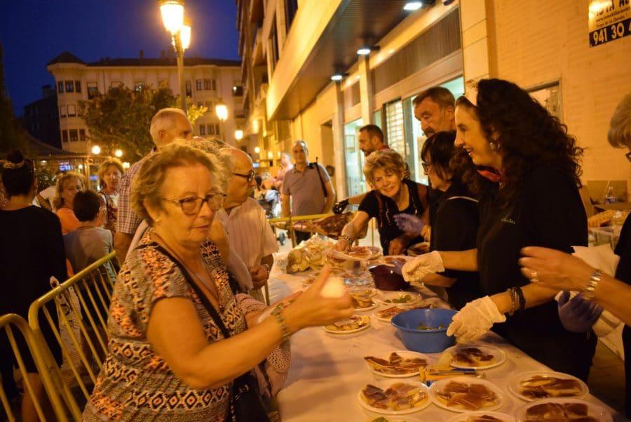 El Barrio de las Huertas cierra sus fiestas con una concurrida comida de hermandad 16