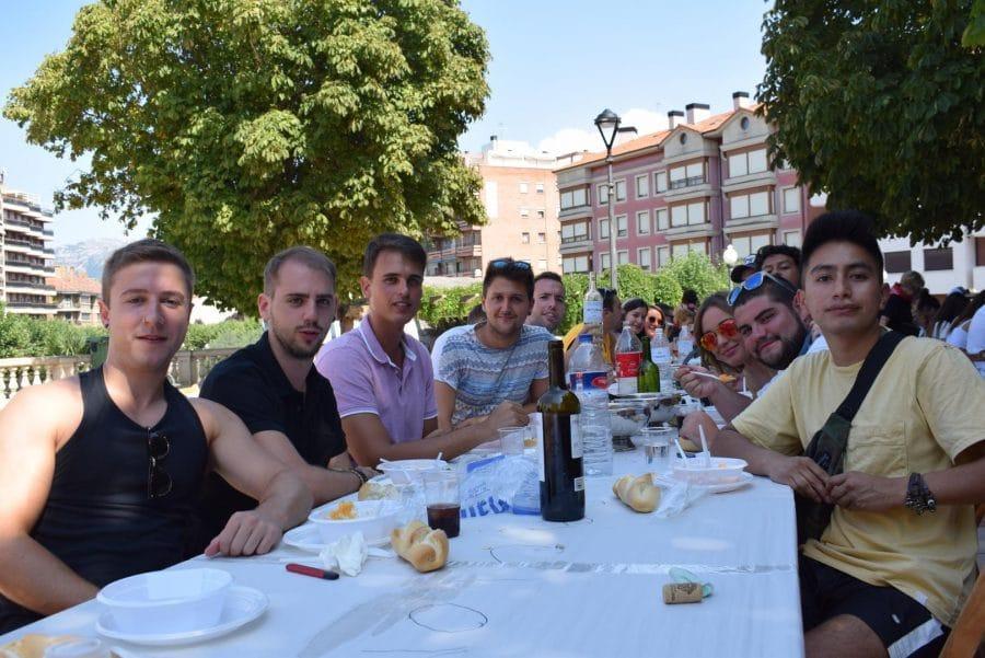 El Barrio de las Huertas cierra sus fiestas con una concurrida comida de hermandad 4