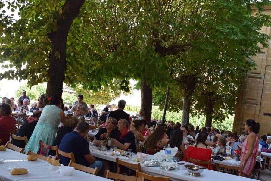 El Barrio de las Huertas cierra sus fiestas con una concurrida comida de hermandad 33