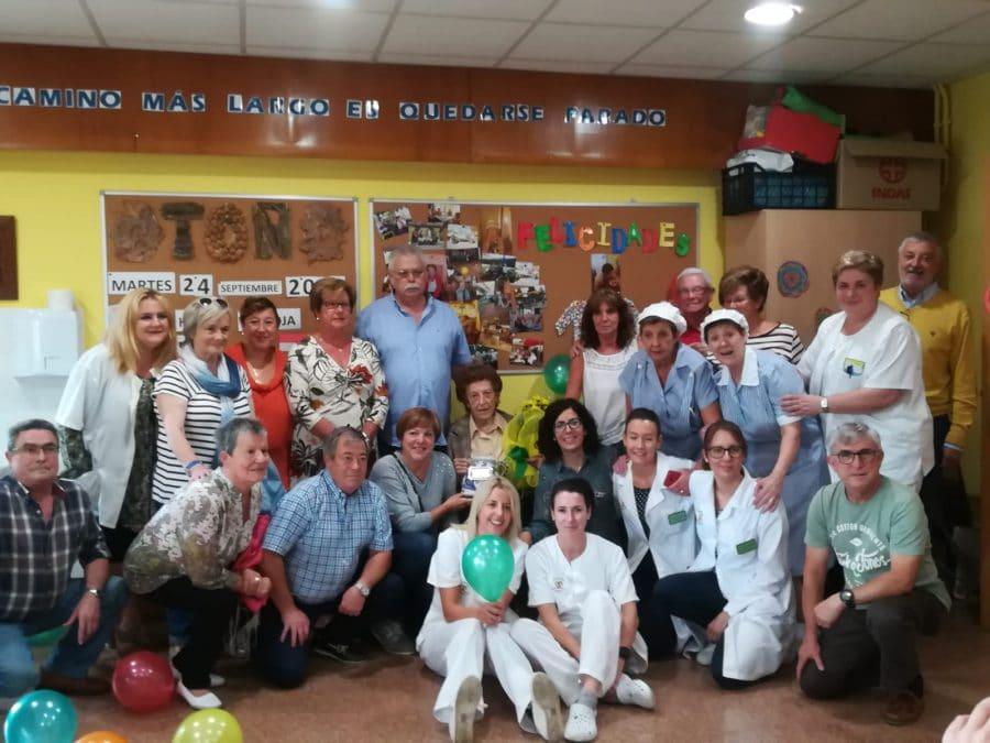 Pilar Porres celebra su cien cumpleaños en el Hogar Madre de Dios 2