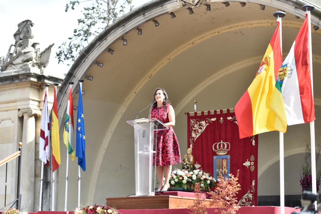 Andreu destaca el papel de las bodegas riojanas en el acto del Pisado de la Uva 2