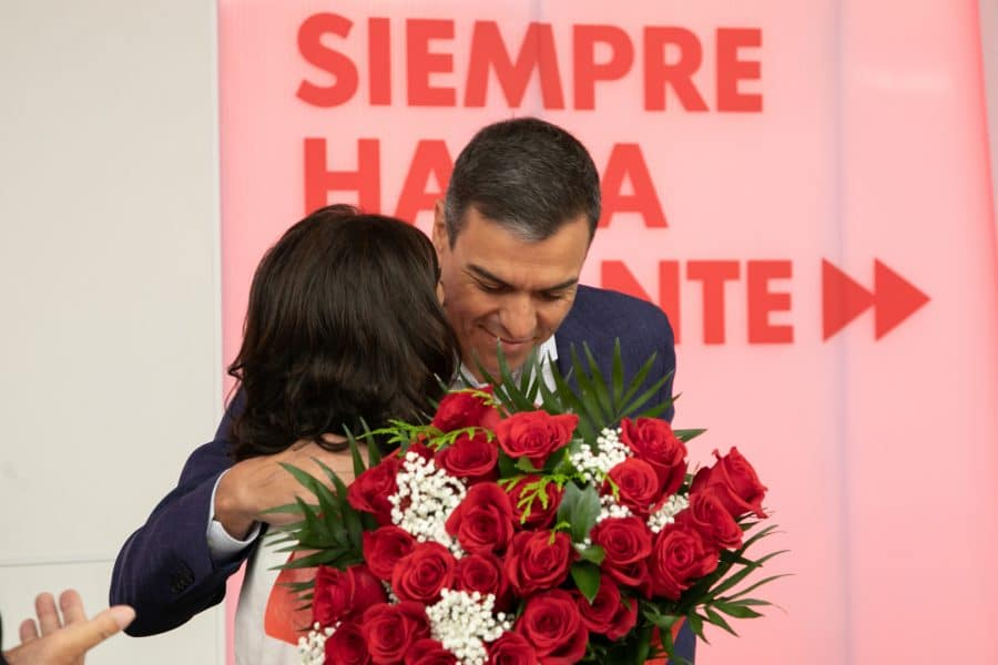 VÍDEO: Pedro Sánchez felicita a Concha Andreu en la Comisión Ejecutiva del PSOE 1