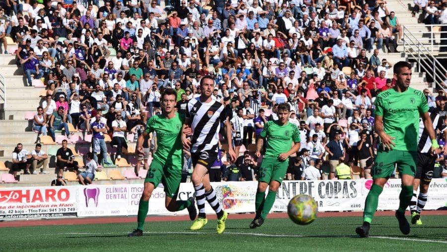 El Burgos CF arranca un punto ante el Haro con diez jugadores 3